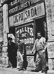 Jose Guadalupe Posada in front of his taller