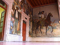 Durango's Governer's building is decorated with murals of the state's historic and revolutionary past.