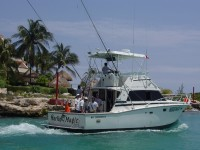 Fishing in Puerto Aventuras